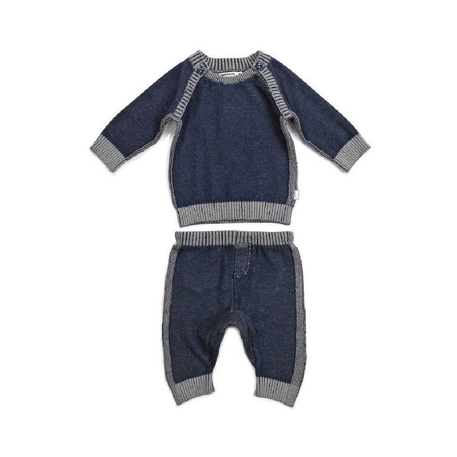 Set (pullover and pant)